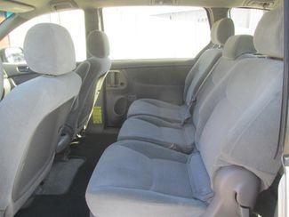 2008 Toyota Sienna CE Gardena, California 10
