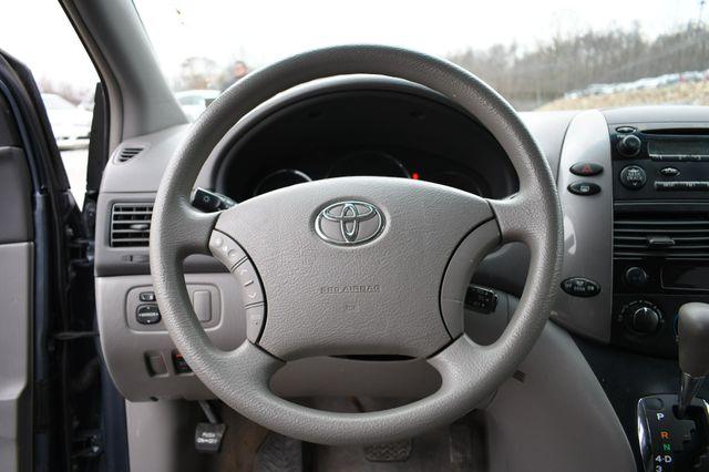 2008 Toyota Sienna LE Naugatuck, Connecticut 20