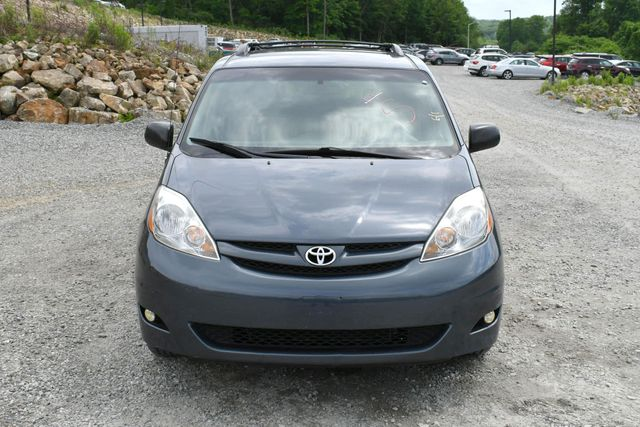 2008 Toyota Sienna LE Naugatuck, Connecticut 9