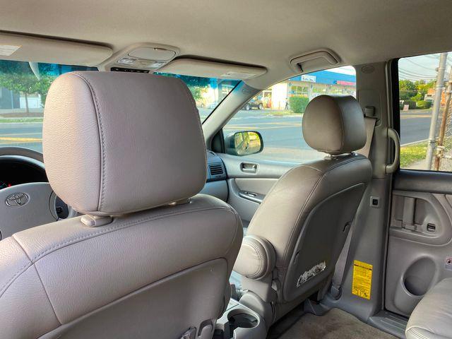 2008 Toyota Sienna LE W/ Leather Seats New Brunswick, New Jersey 18
