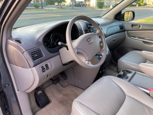 2008 Toyota Sienna LE W/ Leather Seats New Brunswick, New Jersey 15