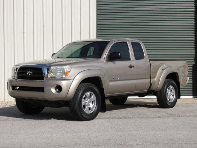 2008 Toyota Tacoma SR5 in Jacksonville , FL 32246
