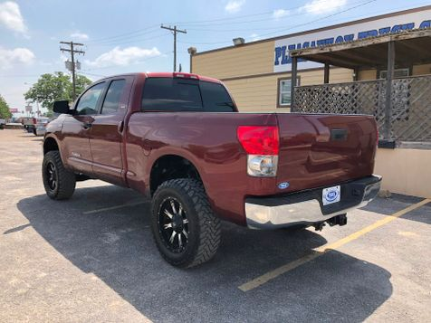 2008 Toyota Tundra    Pleasanton, TX   Pleasanton Truck Company in Pleasanton, TX