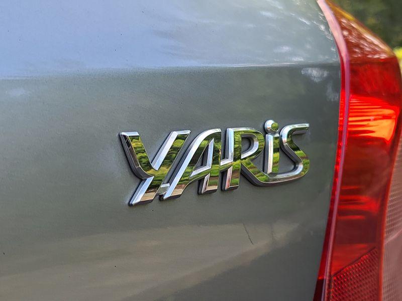 2008 Toyota Yaris Hatchback Local 2 Owner 5-Speed Great Commuter 36 MPG Save   city Washington  Complete Automotive  in Seattle, Washington