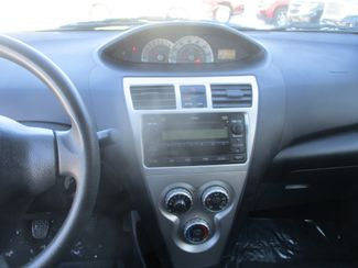 2008 Toyota Yaris Farmington, MN 4