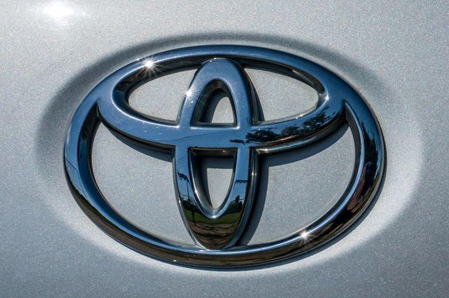 2008 Toyota Yaris Reseda, CA 42