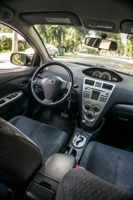 2008 Toyota Yaris Reseda, CA 32