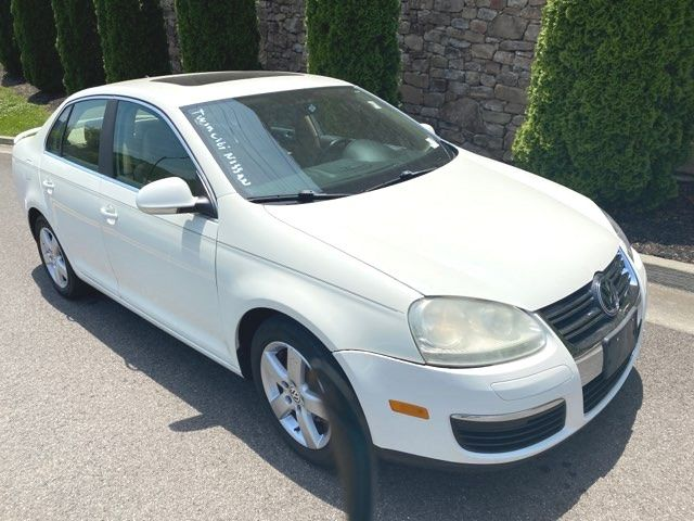 2008 Volkswagen Jetta SEL in Knoxville, Tennessee 37920