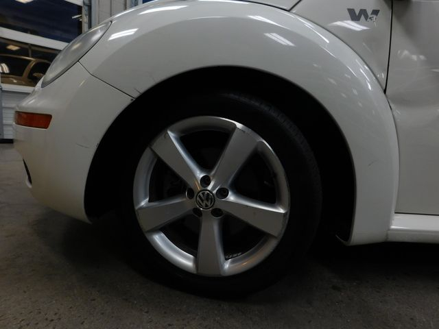 2008 Volkswagen New Beetle Triple White in Airport Motor Mile ( Metro Knoxville ), TN 37777