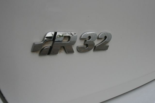 2008 Volkswagen R32 Houston, Texas 8