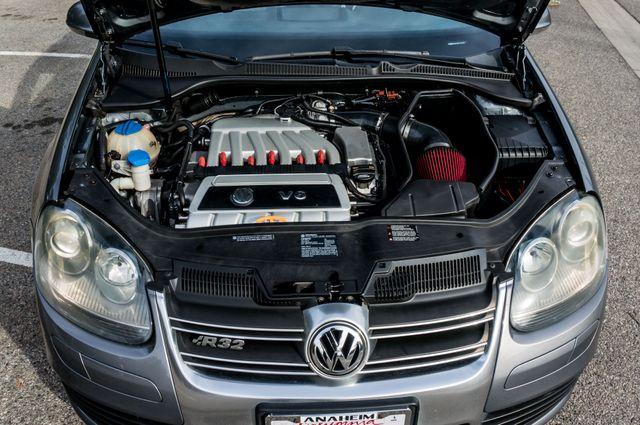 2008 Volkswagen R32 in Reseda, CA, CA 91335