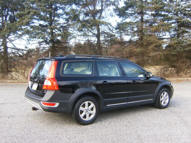 2008 Volvo XC70 AWD in West Chester, PA 19382