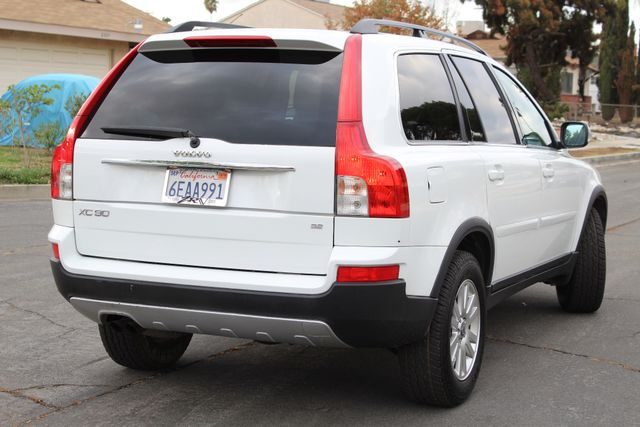 2008 Volvo XC90 82K MLS 3RD ROW NEW TIRES SERVICE RECORDS in Woodland Hills CA, 91367