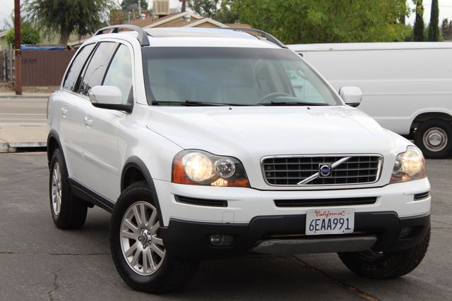 2008 Volvo XC90 82K MLS 3RD ROW NEW TIRES SERVICE RECORDS in Woodland Hills, CA 91367