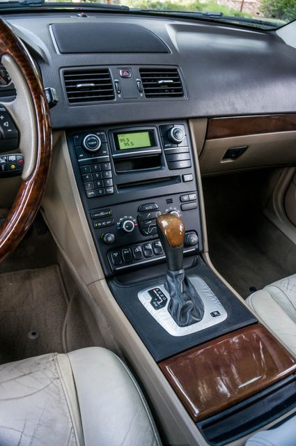 2008 Volvo XC90 V8 in Reseda, CA, CA 91335