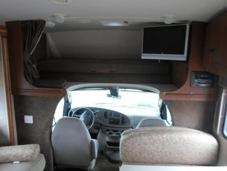 2008 Winnebago Outlook 31H Salem, Oregon 5
