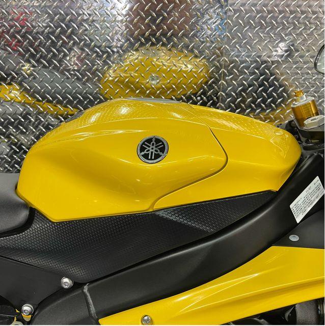 2008 Yamaha YZF R6 in Dania Beach , Florida 33004