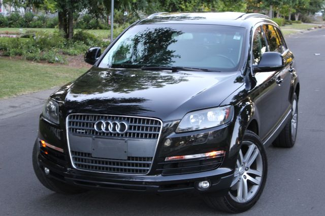 2009 Audi Q7 PREMIUM PLUS 1-OWNER SERVICE RECORDS NEW TIRES in Van Nuys, CA 91406