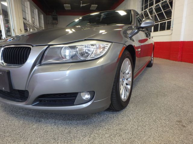 2009 Bmw 328 X-Drive TIGHT & SOLID,  READY TO ROLL Saint Louis Park, MN 25