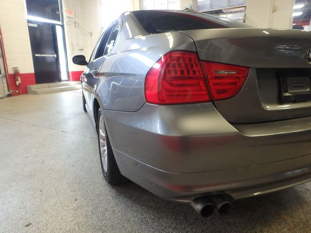 2009 Bmw 328 X-Drive TIGHT & SOLID,  READY TO ROLL Saint Louis Park, MN 26