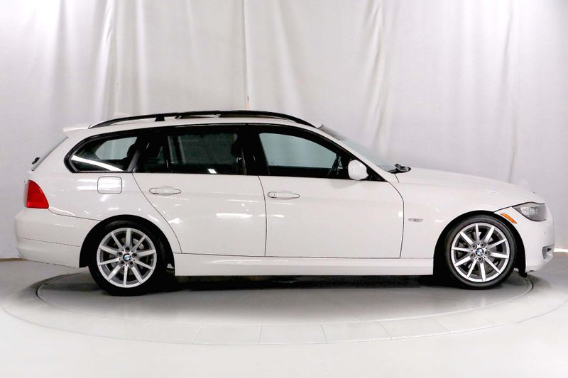 2009 BMW 328i - Wagon - Sport pkg - Navigation - Xenon  city California  MDK International  in Los Angeles, California