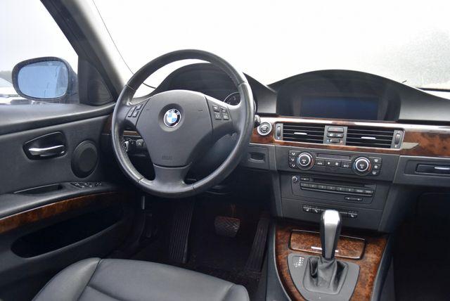 2009 BMW 328i xDrive Naugatuck, Connecticut 14