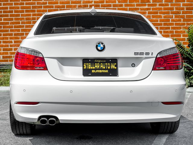 2009 BMW 528i xDrive M PACKAGE Burbank, CA 3