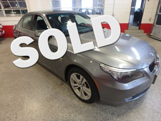 2009 Bmw 528 X-Drive, SHARP! NEW BRAKES . READY TO GO! Saint Louis Park, MN