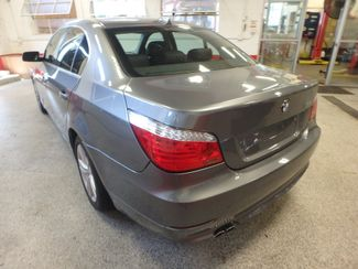 2009 Bmw 528 X-Drive, SHARP! NEW BRAKES . READY TO GO! Saint Louis Park, MN 9