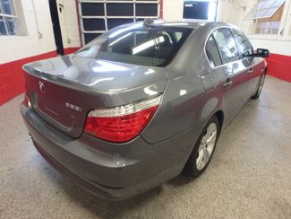 2009 Bmw 528 X-Drive, SHARP! NEW BRAKES . READY TO GO! Saint Louis Park, MN 10