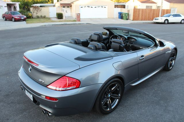 2009 BMW M6 CONVERTIBLE 94k MLS NEW TIRES SERVICE RECORDS XLNT CONDITION in Woodland Hills, CA 91367