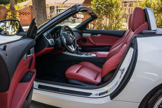 2009 BMW Z4 sDrive30i in Reseda, CA, CA 91335
