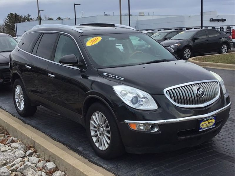 2009 Buick Enclave CXL | Champaign, Illinois | The Auto Mall of Champaign in Champaign Illinois