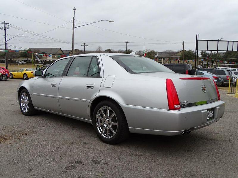 2009 Cadillac DTS w1SE  in Austin, TX