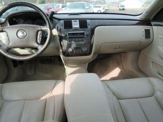 2009 Cadillac DTS w/1SB Batesville, Mississippi 23