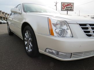 2009 Cadillac DTS w/1SB Batesville, Mississippi 8