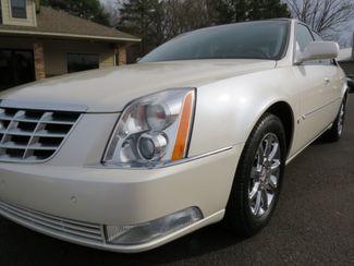 2009 Cadillac DTS w/1SB Batesville, Mississippi 9