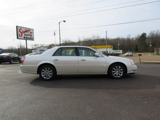 2009 Cadillac DTS w/1SB Batesville, Mississippi 2
