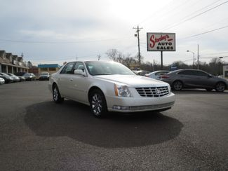 2009 Cadillac DTS w/1SB Batesville, Mississippi 1