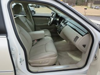 2009 Cadillac DTS w/1SB Batesville, Mississippi 31