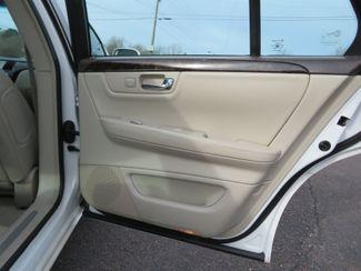 2009 Cadillac DTS w/1SB Batesville, Mississippi 28