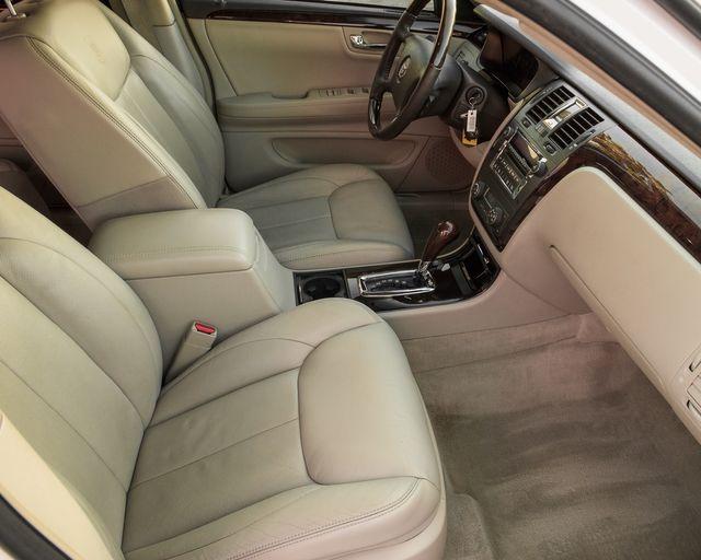 2009 Cadillac DTS w/1SC Burbank, CA 11