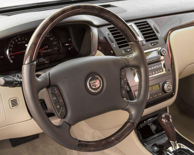 2009 Cadillac DTS w/1SC Burbank, CA 17