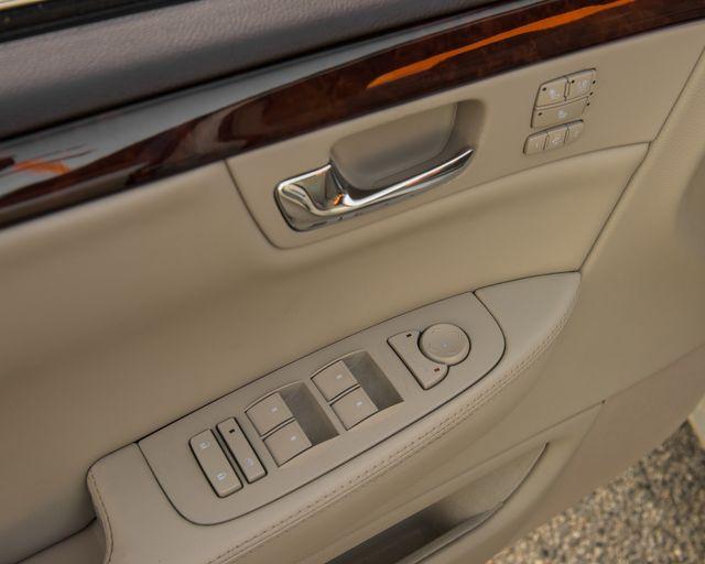 2009 Cadillac DTS w/1SC Burbank, CA 21