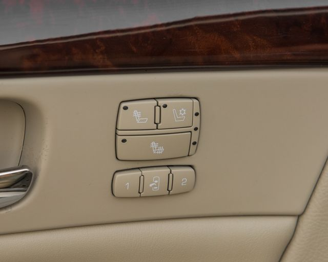 2009 Cadillac DTS w/1SC Burbank, CA 22