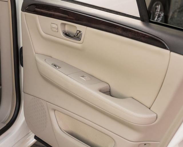 2009 Cadillac DTS w/1SC Burbank, CA 24