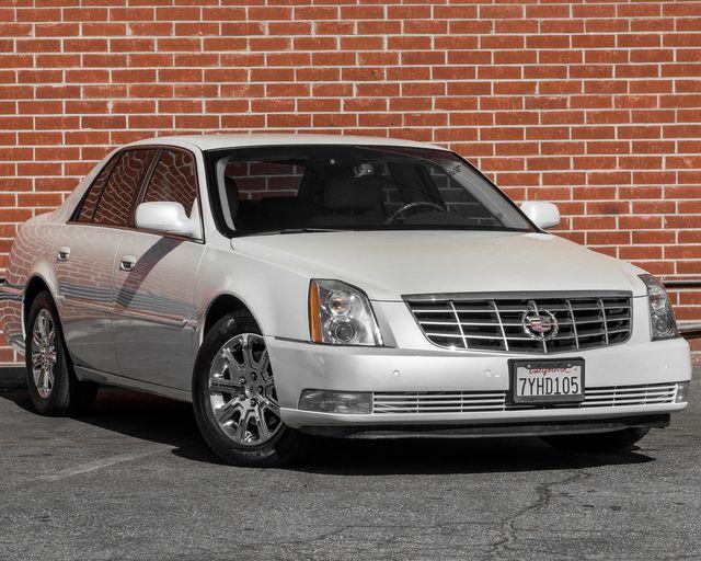2009 Cadillac DTS w/1SC Burbank, CA 1