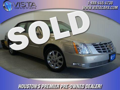 2009 Cadillac DTS w/1SD in Houston, Texas