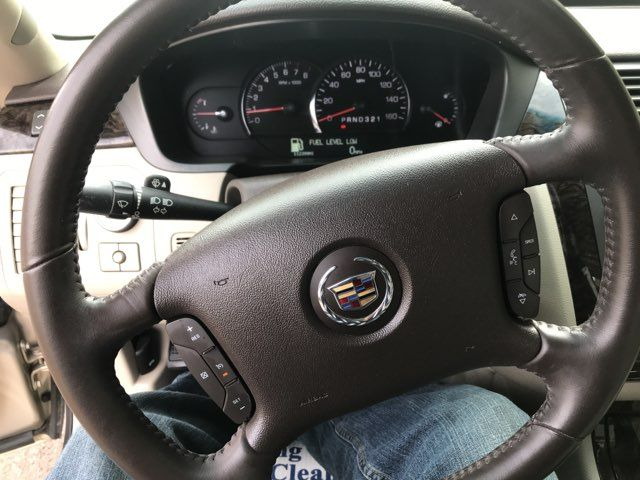 2009 Cadillac-2 Owner!!! Service Records!! DTS-SHOWROOM CONDITION!!  CARMARTSOUTH.COM-112K!! Knoxville, Tennessee 15