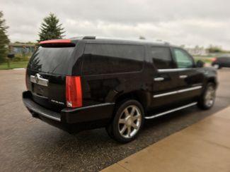 2009 Cadillac Escalade ESV Farmington, MN 1